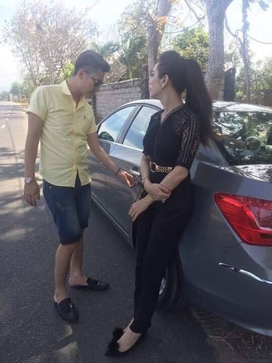 Ca sĩ chuyển giới Lâm Khánh Chi sẽ chính thức làm đám cưới vào tháng 11 - Ảnh 1.