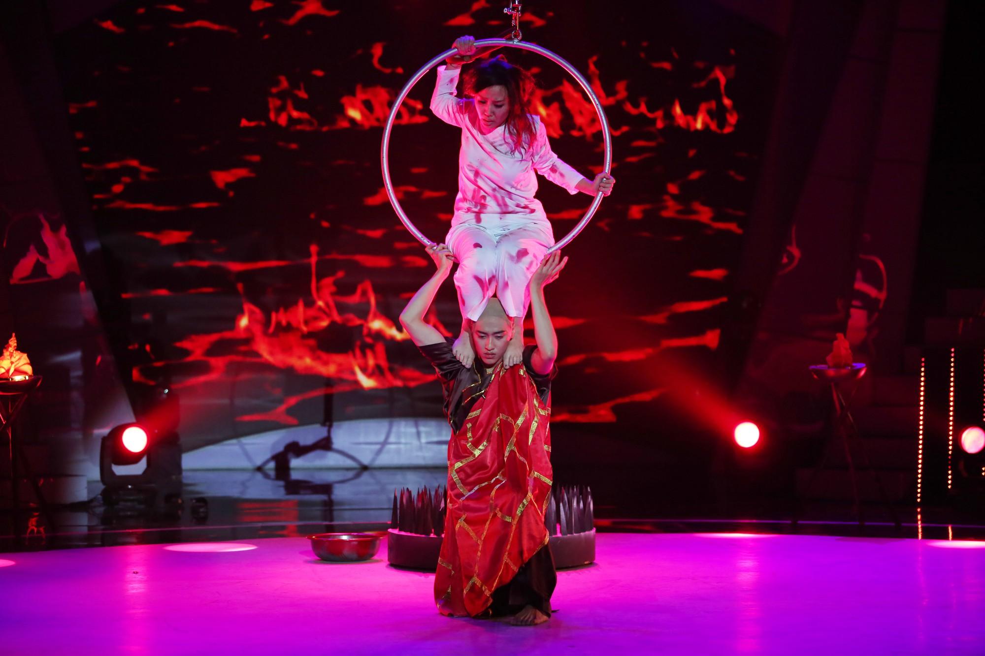Giảm gần 30kg, bà mẹ một con Thanh Huyền lên ngôi Quán quân Bước nhảy ngàn cân 2017 - Ảnh 8.