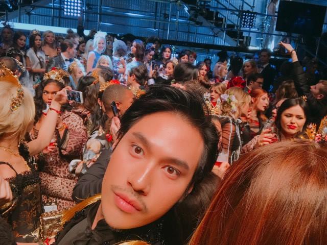 Lý Quí Khánh mang phong cách một mình một kiểu đến show diễn Dolce&Gabbana - Ảnh 7.