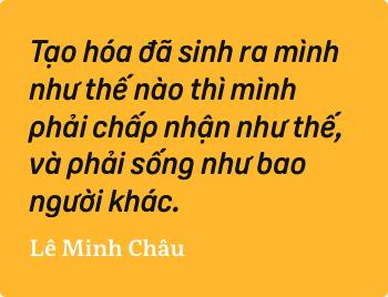 Lê Minh Châu - Từ cậu bé khuyết tật ở làng Hòa Bình đến họa sĩ vẽ tranh bằng miệng trong phim tài liệu tranh - Ảnh 11.