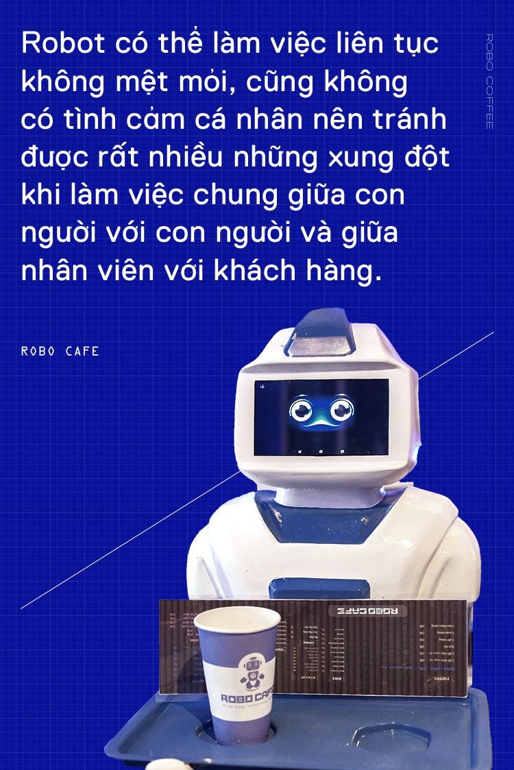 Chàng trai 8X mở quán cafe robot độc đáo ngay giữa Hà Nội - Ảnh 7.