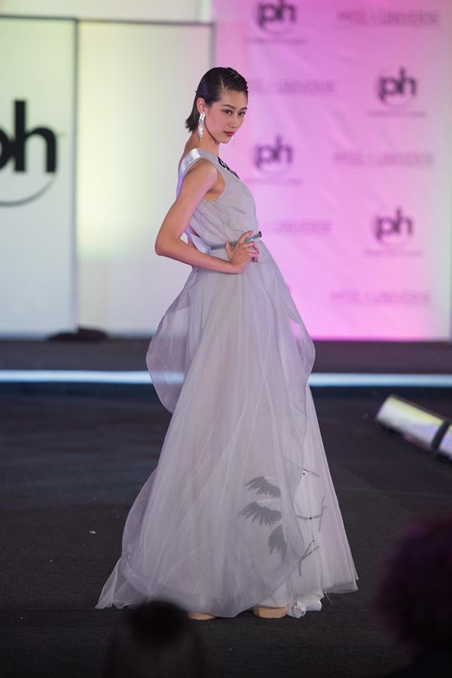 Trượt Top 16 Hoa hậu Hoàn vũ, nhưng may sao Nguyễn Thị Loan cũng không vào Top đầm dạ hội xấu nhất - Ảnh 13.