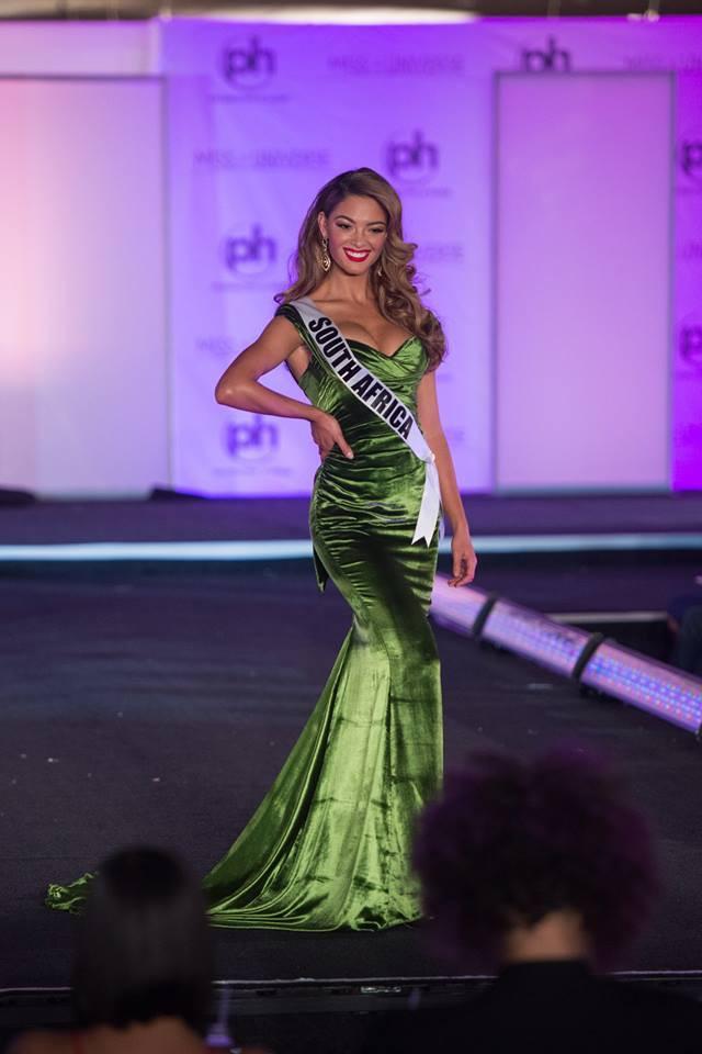 Trượt Top 16 Hoa hậu Hoàn vũ, nhưng may sao Nguyễn Thị Loan cũng không vào Top đầm dạ hội xấu nhất - Ảnh 11.