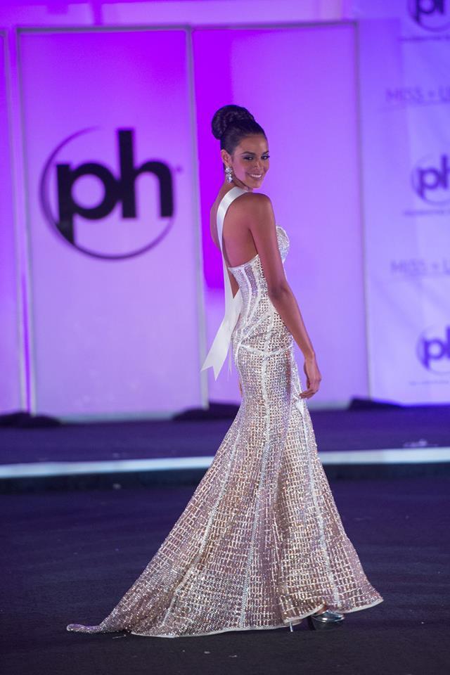 Trượt Top 16 Hoa hậu Hoàn vũ, nhưng may sao Nguyễn Thị Loan cũng không vào Top đầm dạ hội xấu nhất - Ảnh 16.