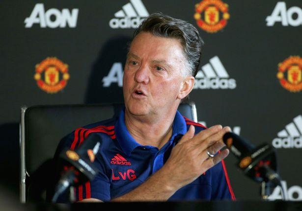 Van Gaal tố lãnh đạo Man Utd chơi bẩn, đâm sau lưng ông - Ảnh 1.
