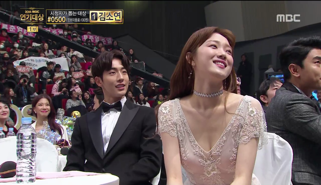 Những khoảnh khắc tình bể bình minh chứng cặp đôi YG Lee Sung Kyung và Nam Joo Hyuk là chân ái - Ảnh 10.