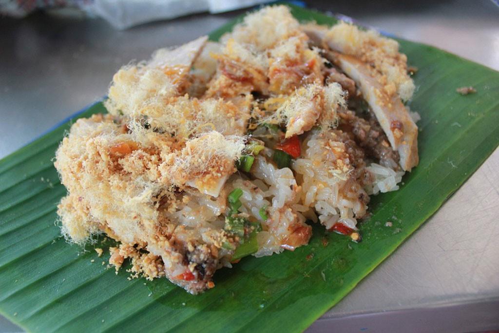 Nhanh chân thưởng thức ngay các món ăn nóng hổi chỉ với 20k để xua đi cái lạnh của Sài Gòn