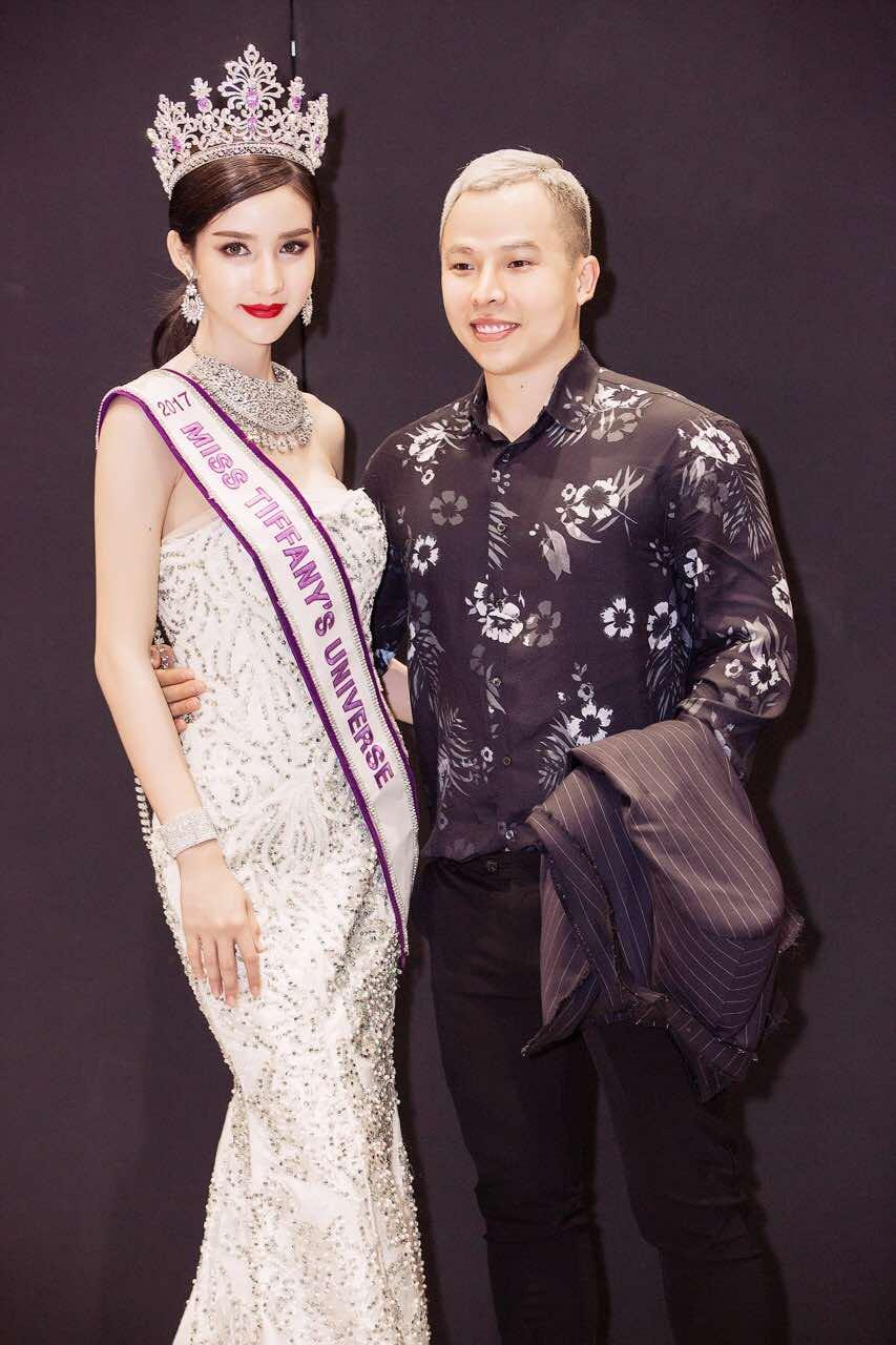 Chân dài thay thế Ngọc Trinh tươi tắn, tự tin đọ sắc với Hoa hậu chuyển giới Thái Lan - Ảnh 8.