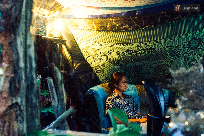 Chuyện về chàng trai Vũng Tàu bỏ phố lên rừng để mở tiệm tóc trong túp lều độc đáo bên triền dốc - Ảnh 15.