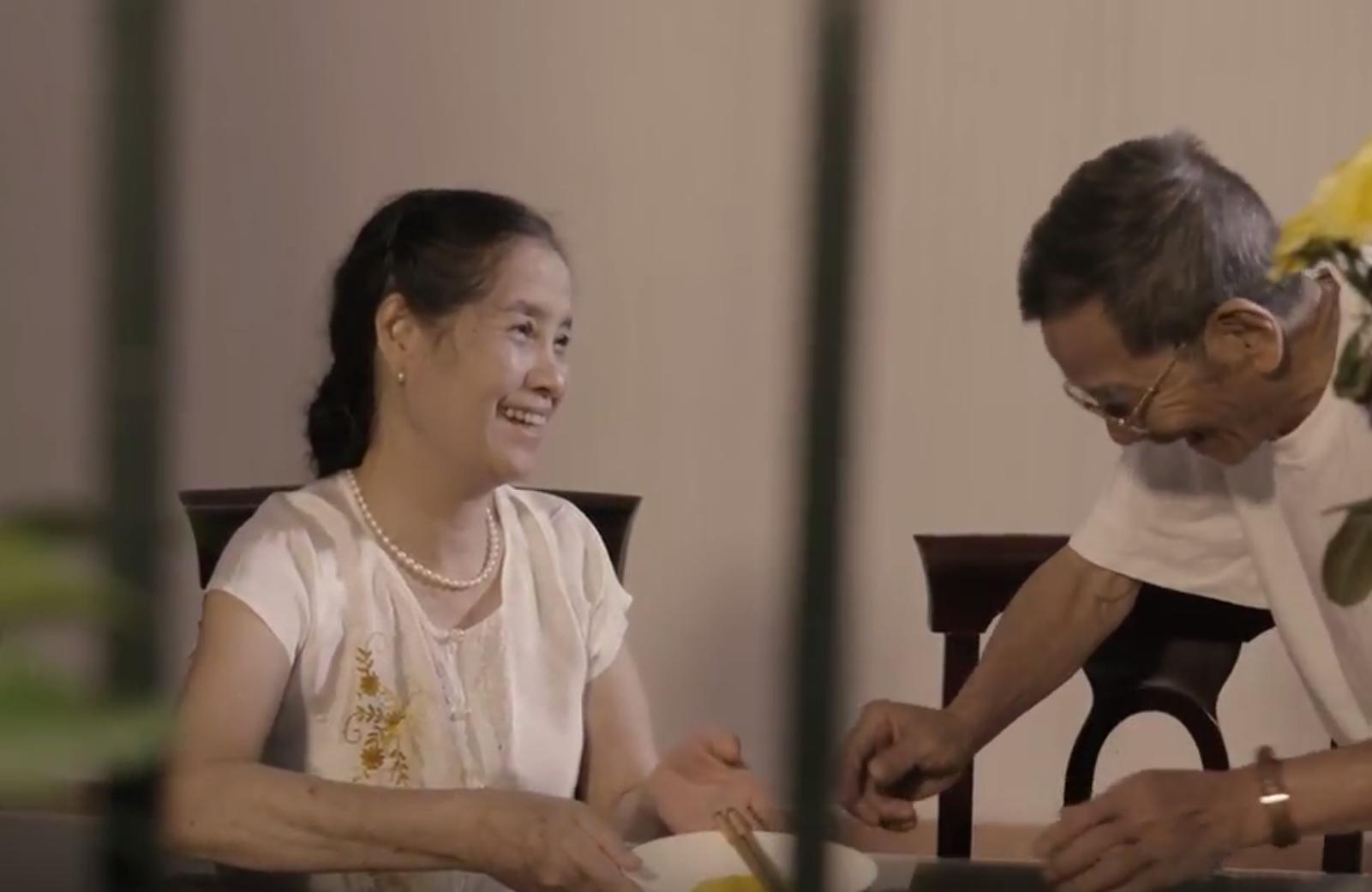 Clip tình yêu lấy nước mắt người xem: Yêu không nhất thiết phải ở bên nhau trọn đời - Ảnh 4.