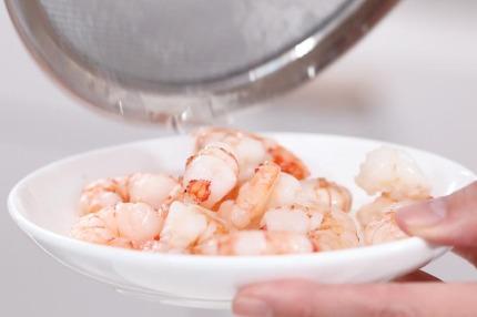 Mì lạnh kiểu Thái cực dễ làm cho bữa trưa ngày nóng - Ảnh 4.