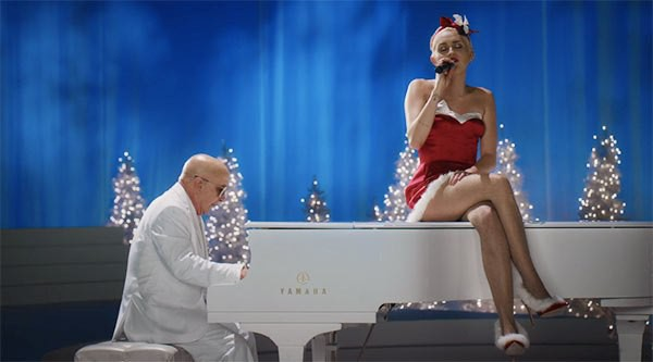 miley-cyrus-a-very-murray-christmas-ftr-