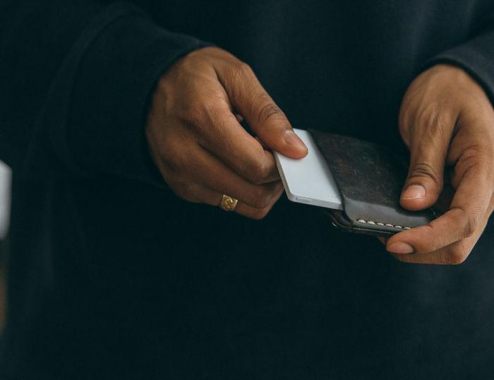 Cai nghiện smartphone bằng cục gạch sang chảnh chỉ có chức năng nghe - gọi - Ảnh 11.