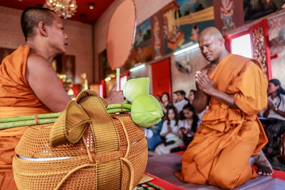 Vì sao Thánh Muay Thái Buakaw bất ngờ xuống tóc đi tu? - Ảnh 5.