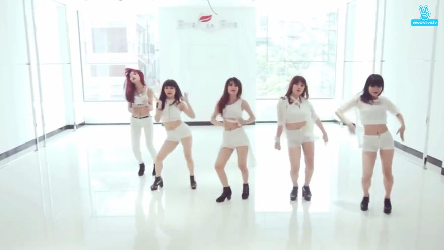BTS và Black Pink dẫn đầu top idol được fan Việt say mê dance cover nhất - Ảnh 5.