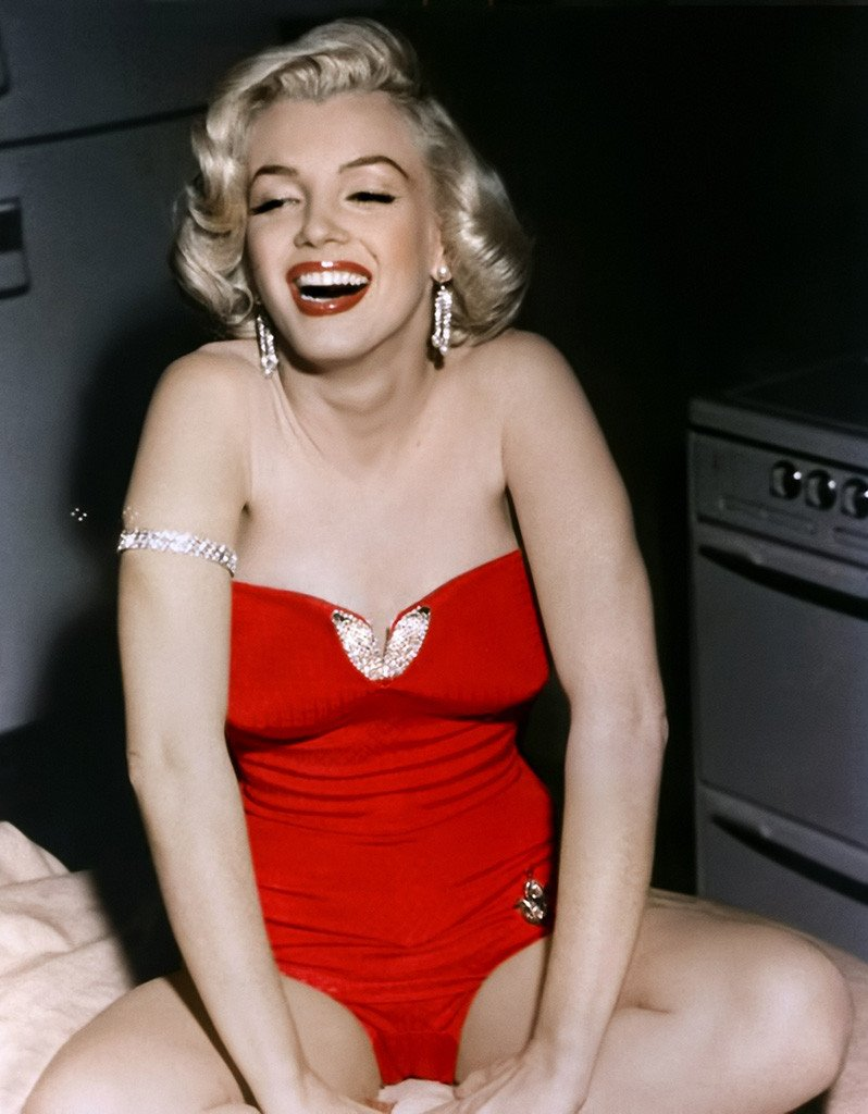 Người mẫu gầy giơ xương: Cơn ác mộng dai dẳng mà ngành công nghiệp thời trang đã tạo ra! - Ảnh 1.