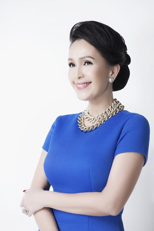 Chi Pu, Phạm Hương, HH Phương Nga cùng 15 nhan sắc Vbiz được báo Trung bầu chọn sở hữu vẻ đẹp điển hình - Ảnh 8.