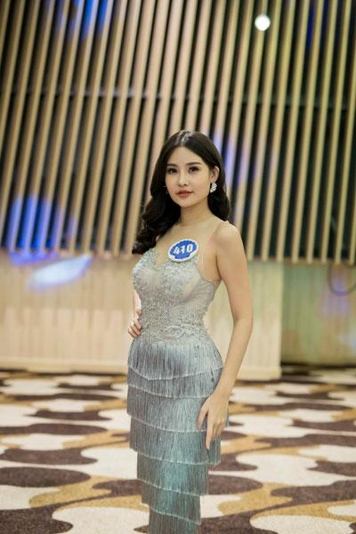 Nhan sắc gây tranh cãi của cô gái vượt qua 30 đối thủ giành chiếc vương miện Hoa hậu Đại dương 2017 - Ảnh 5.