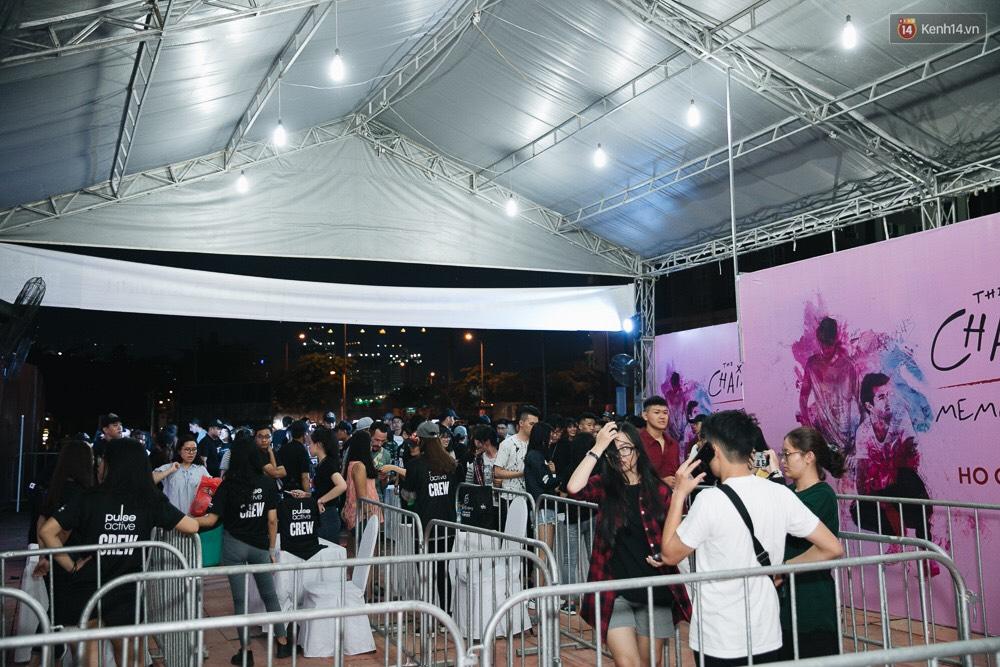 Chính các raver trong nước cũng phải bất ngờ vì khán giả đi xem show The Chainsmokers ở Việt Nam quá đông - Ảnh 6.