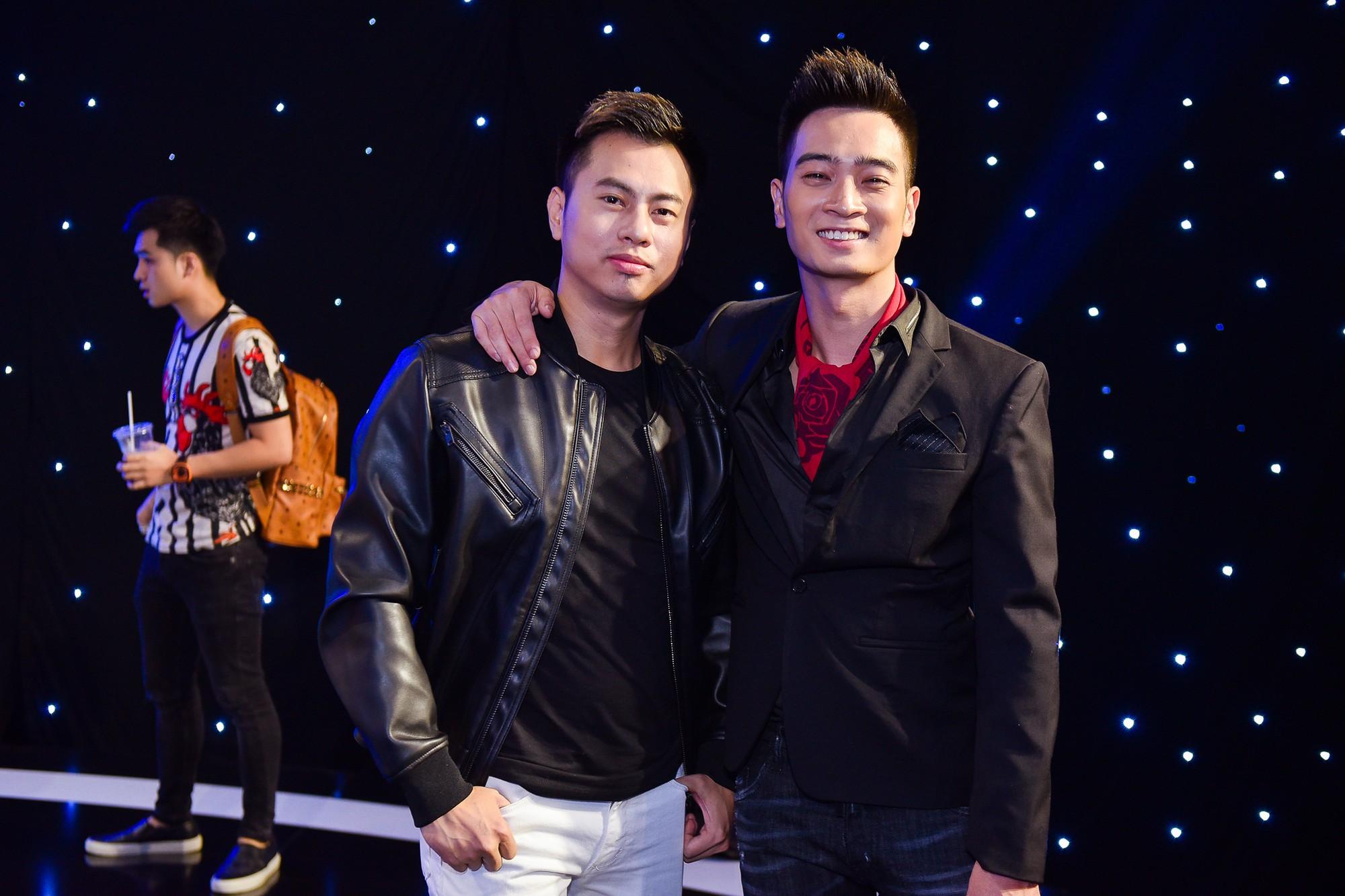 SlimV: Không đồng tình khi Dương Cầm không coi một số cá nhân là ca sĩ!