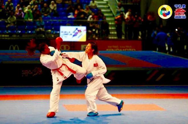 Võ sĩ karatedo Việt Nam giành HCV thế giới lịch sử, dù vừa thua ở SEA Games - Ảnh 1.