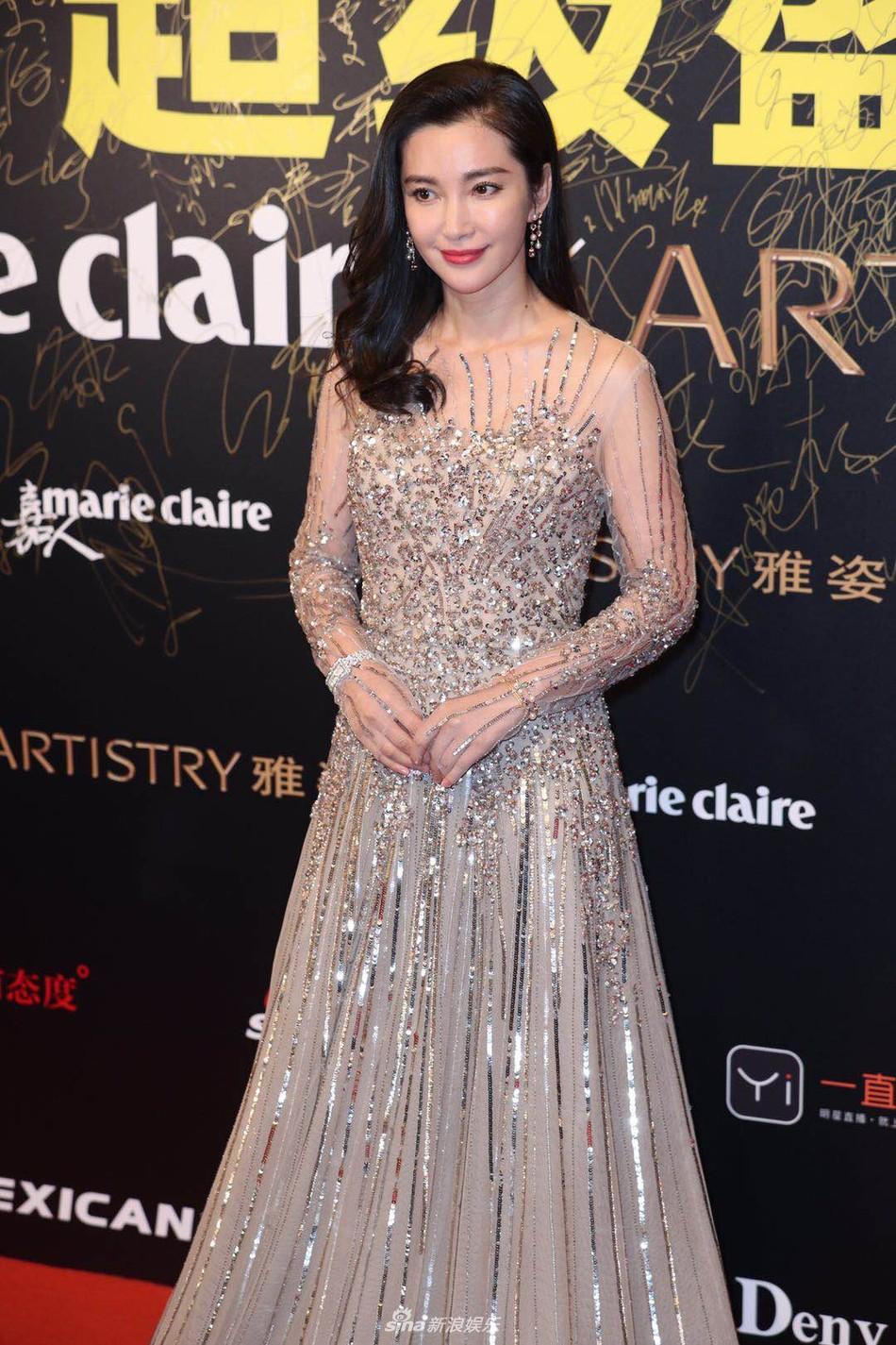 Thảm đỏ Marie Claire: Đường Yên chiếm sóng với chiếc váy đẹp xuất sắc, Lưu Diệc Phi kém sang hơn hẳn Dương Mịch - Angela Baby - Ảnh 16.