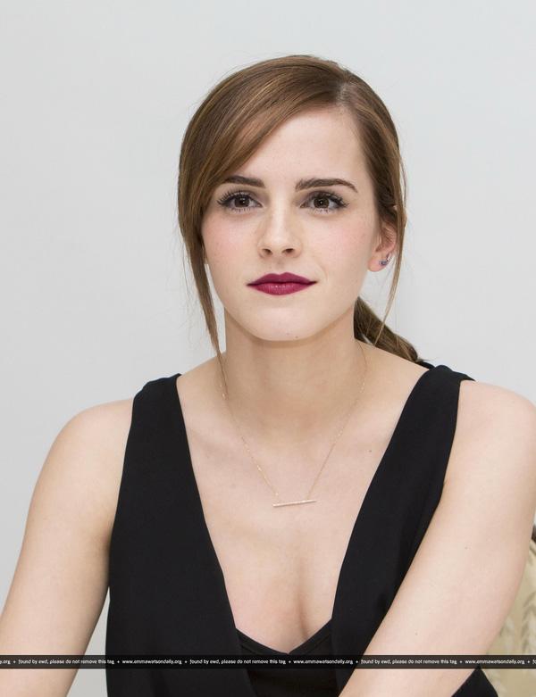 Emma Watson: Hoa hồng đẹp nhất nước Anh giờ bỗng tàn phai nhan sắc nhanh chóng - Ảnh 7.