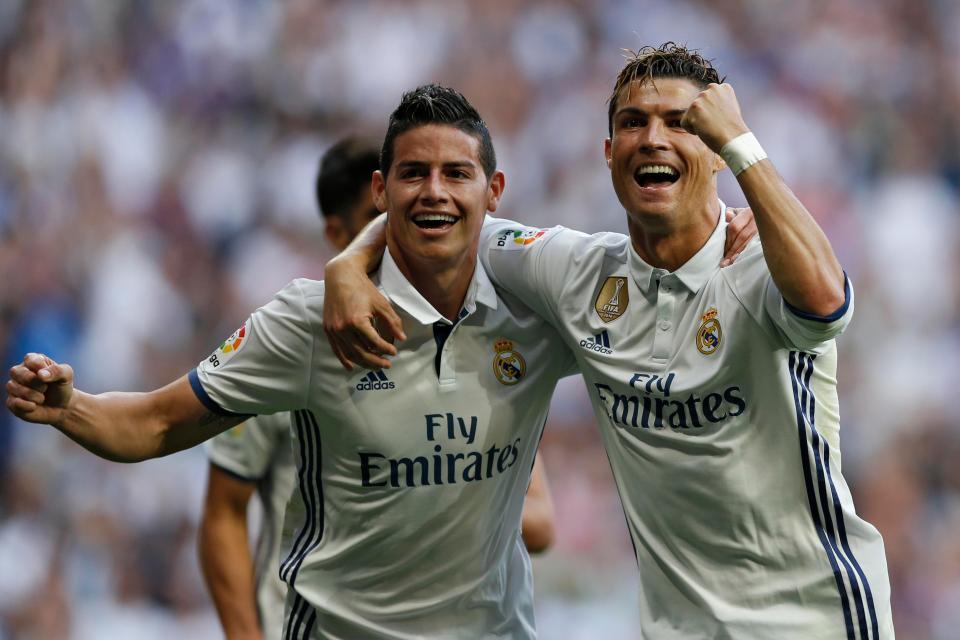 Ronaldo mai mối cho James Rodriguez và người mẫu Nga nóng bỏng - Ảnh 1.