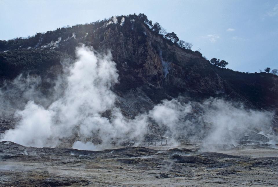 Siêu núi lửa nguy hiểm nhất Trái đất có thể nổ sớm hơn dự định - Ảnh 2.