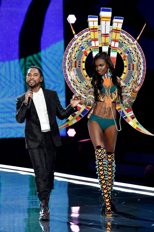 HOT: Victorias Secret Fashion Show 2017 đẹp ngoài sức tưởng tượng, Lais Ribeiro quá lộng lẫy với Fantasy Bra 2 triệu USD - Ảnh 10.