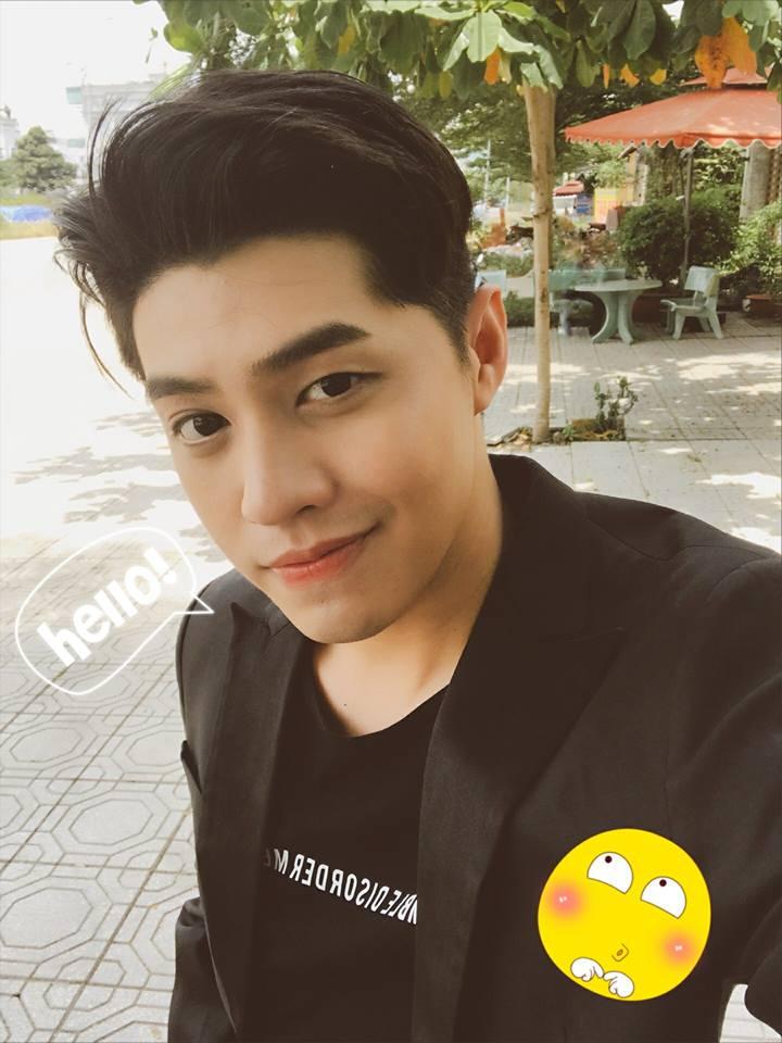 Quản lý đăng ảnh ô tô bị tai nạn, fan lo lắng vì sợ Noo Phước Thịnh gặp sự cố - Ảnh 2.