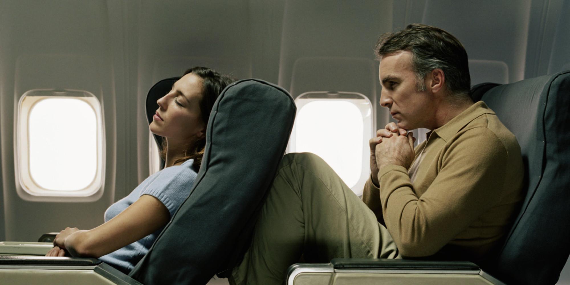 Khi đi máy bay bạn sẽ hay thấy người Nhật làm điều này nhưng vì sao thì chắc chắn bạn sẽ bất ngờ - Ảnh 3.
