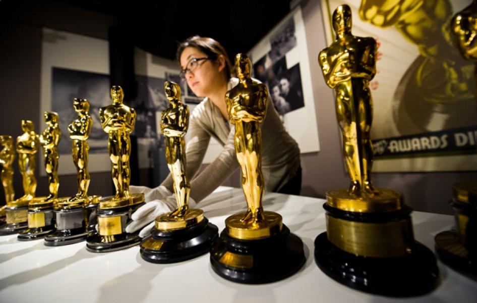 Bức tượng vàng Oscar danh giá là vậy nhưng giá trị thật của chúng là bao nhiêu? - Ảnh 1.