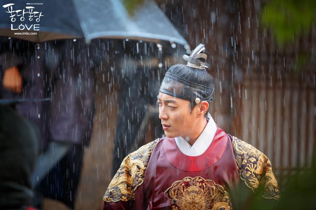 Trừ 9 cái tên này, idol Hàn đóng phim dở thật đấy! - Ảnh 16.