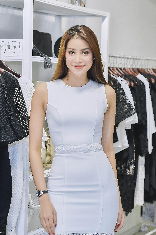 Kỳ Duyên ngày một ra dáng fashion icon, đọ sắc với Phạm Hương trong buổi thử đồ của NTK Adrian Anh Tuấn - Ảnh 4.