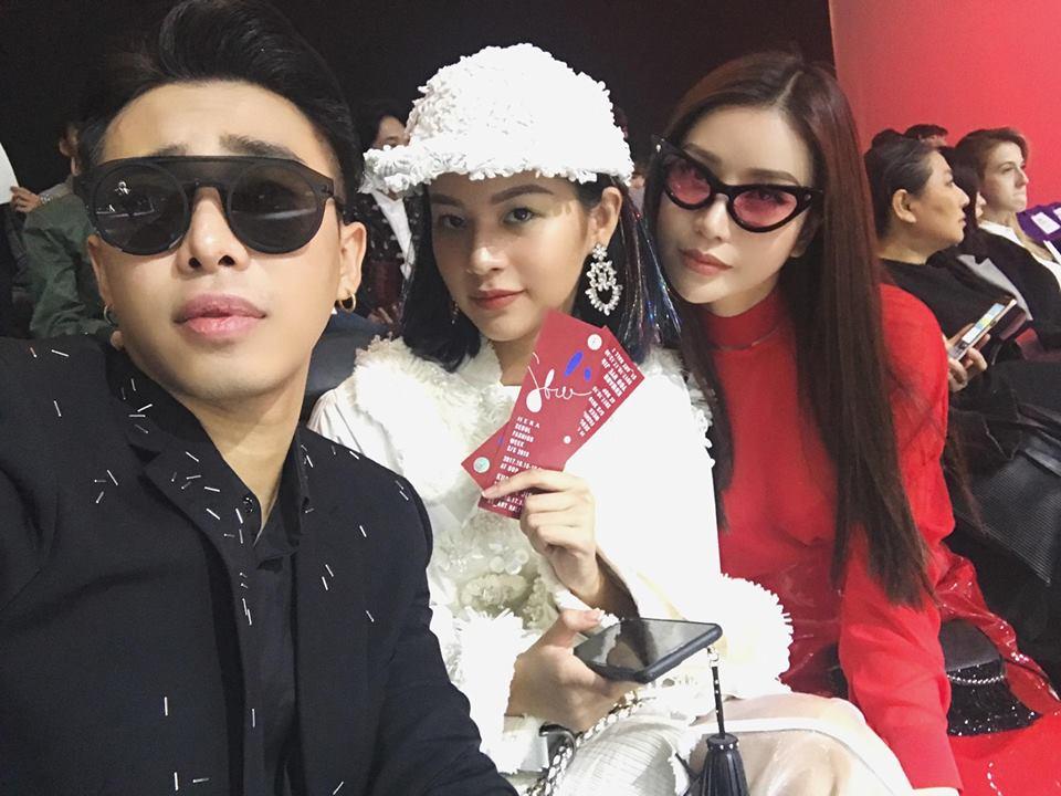 Hoàng Ku diện 700 triệu lên người, Phí Phương Anh mang Em Hoa đến chào sân Seoul Fashion Week - Ảnh 6.