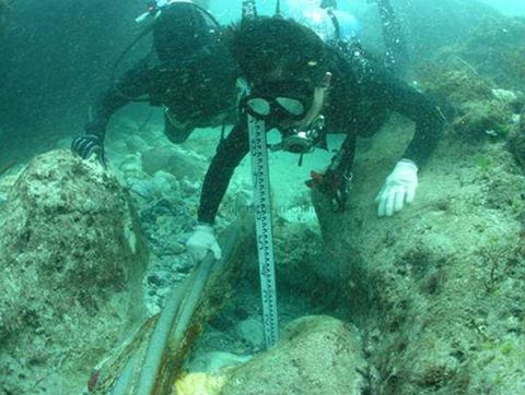 Ngoài chuyện hay đứt, đây là những sự thật thú vị về cáp quang dưới biển - Ảnh 1.