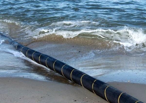 Ngoài chuyện hay đứt, đây là những sự thật thú vị về cáp quang dưới biển - Ảnh 3.