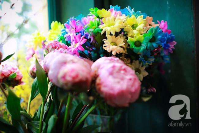 Hà Nội: Chi 72 triệu để mua hoa tươi nhập khẩu đủ tiêu chí độc và đẹp về chơi Tết - Ảnh 14.