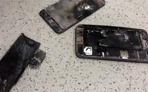 Mang đến tiệm chưa kịp sửa, iPhone 6 Plus đã bất ngờ nổ tung - Ảnh 1.