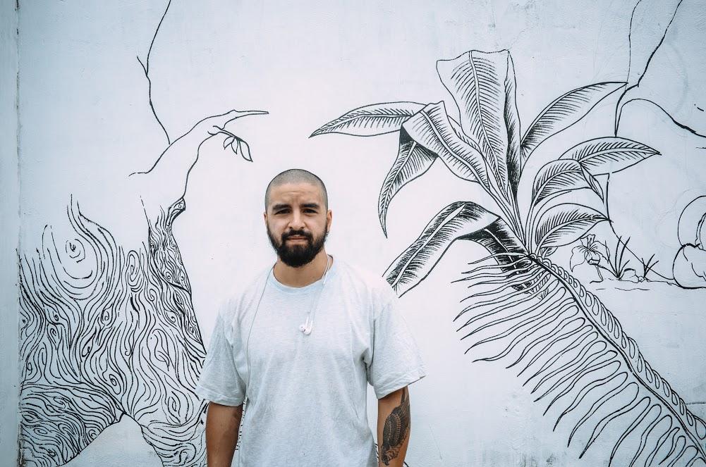 Biến hóa 17 bức tường trong con hẻm Sài Gòn thành những bức vẽ graffiti thú vị về loài tê giác - Ảnh 10.