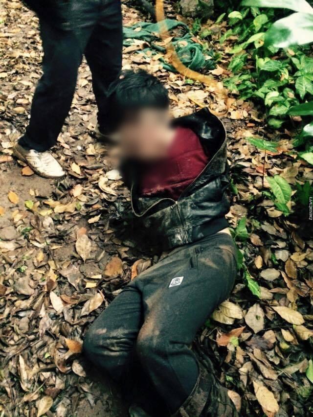 Trộm 6 con chó xong xuôi, quay lại lấy thêm máy bơm bị dân tóm gọn - Ảnh 2.