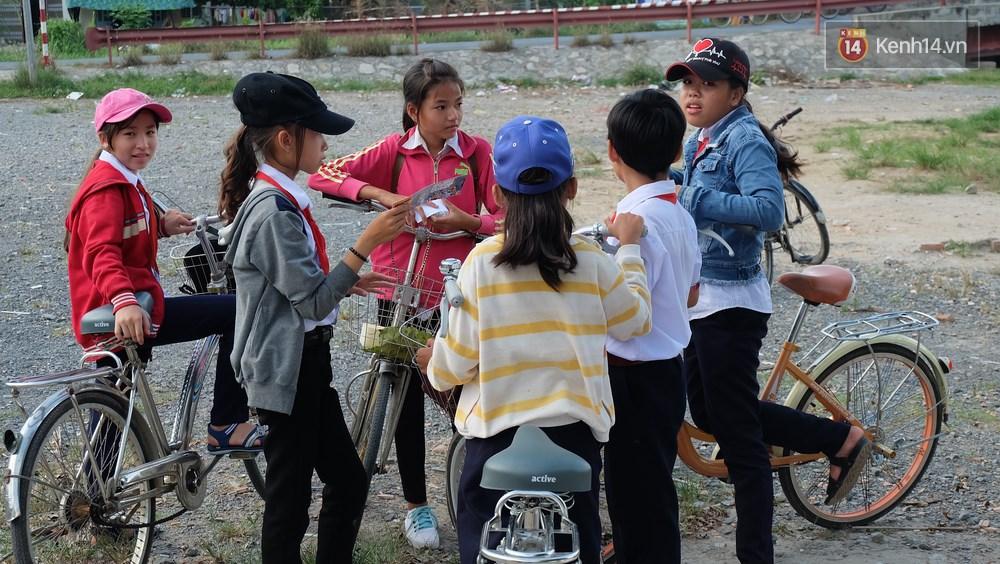 Rạp phim 300k ở miền Tây - Đưa ciné về miền quê cho tụi con nít nghèo - Ảnh 15.