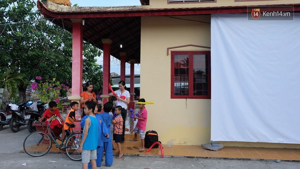 Rạp phim 300k ở miền Tây - Đưa ciné về miền quê cho tụi con nít nghèo - Ảnh 16.