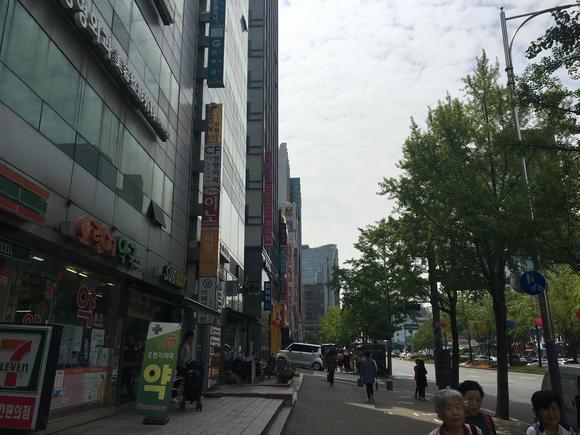 Hé lộ những bí mật lớn trong ngành phẫu thuật thẩm mỹ đỉnh cao ở Hàn Quốc - Ảnh 2.