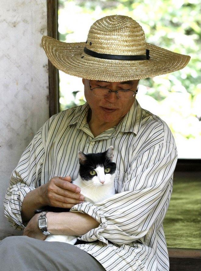 Tổng thống Moon Jae In tiết lộ về Đệ nhất Mèo Hàn Quốc - Ảnh 1.