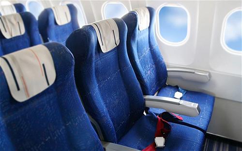 Vì sao nội thất máy bay lại chủ yếu có màu xanh? - Ảnh 2.