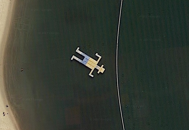 10 hình ảnh lạ lùng nhất có thể tìm thấy ngay trên Google Maps - Ảnh 17.