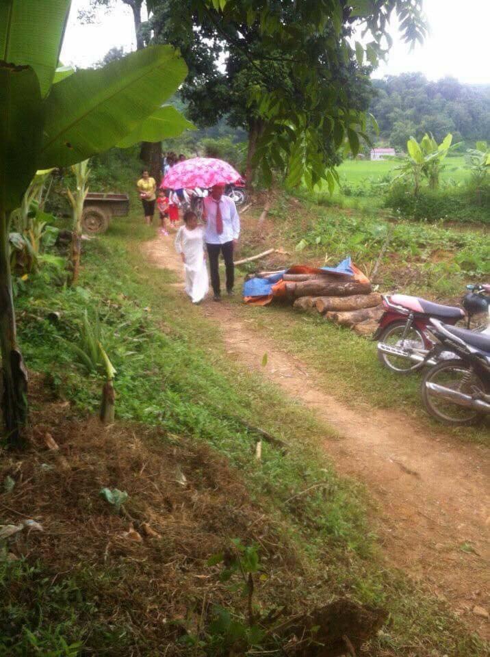 Bị gia đình ngăn cản vì cô dâu thấp còi suy dinh dưỡng, chú rể Lạng Sơn vẫn quyết về chung 1 nhà - Ảnh 4.