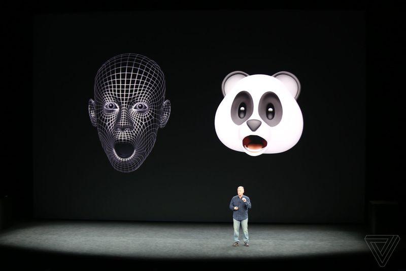 iPhone X sẽ cho bạn nhắn tin với người yêu theo cách không một điện thoại nào có thể làm được - Ảnh 1.